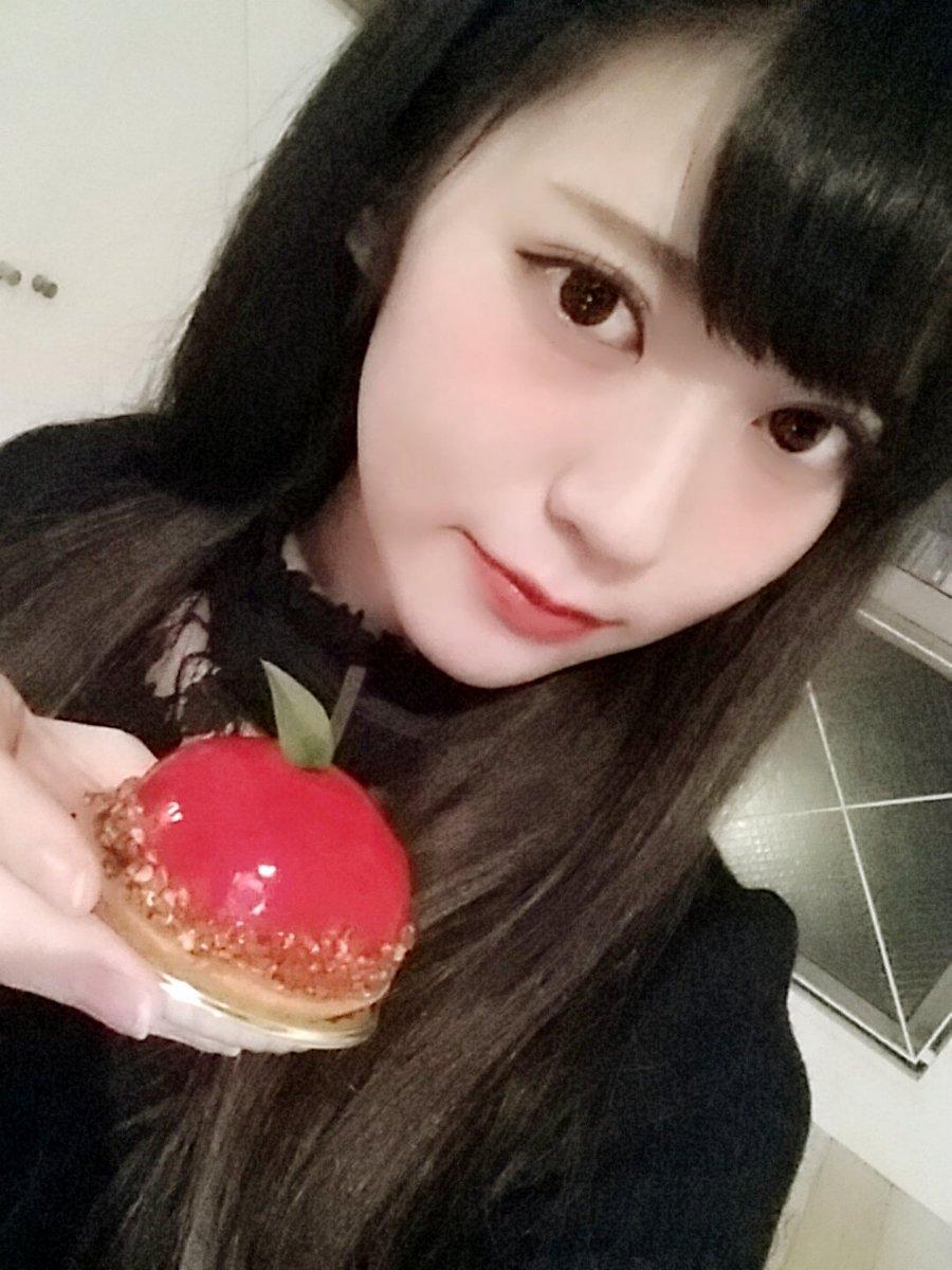 田中めい(20)貧乳女子大生グラドルのエロ画像130枚・120枚目の画像