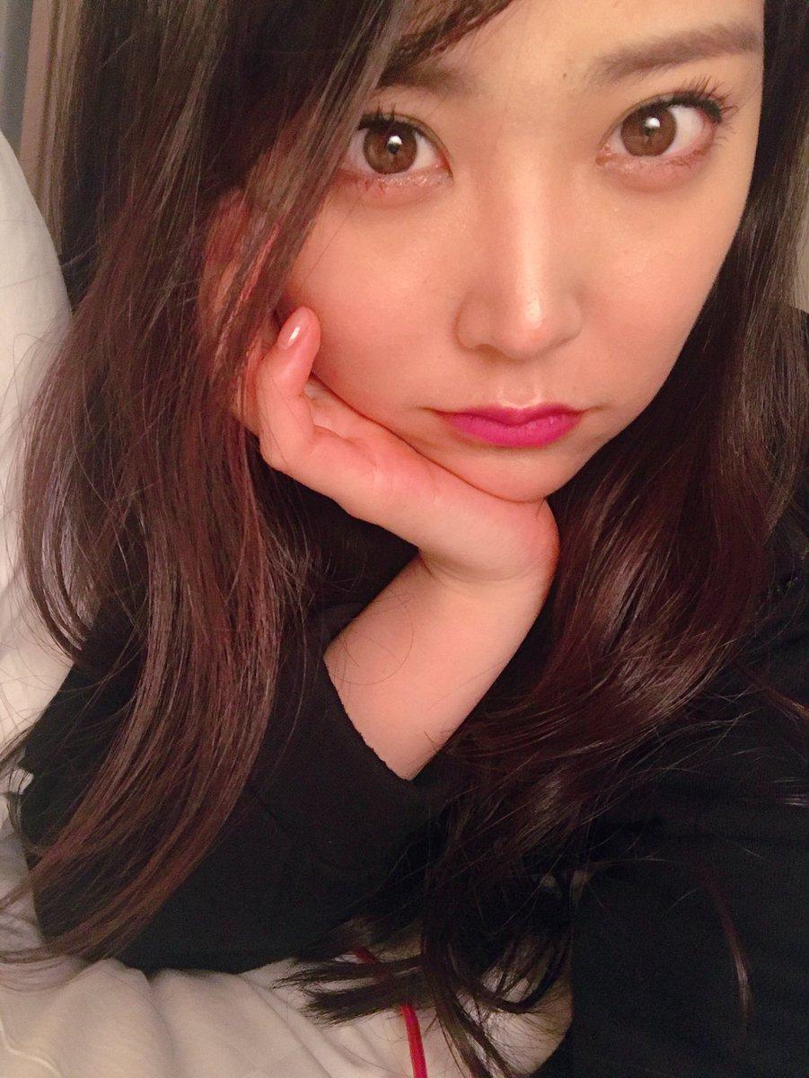 NMB48白間美瑠&太田夢莉のWグラビアエロ画像150枚・102枚目の画像