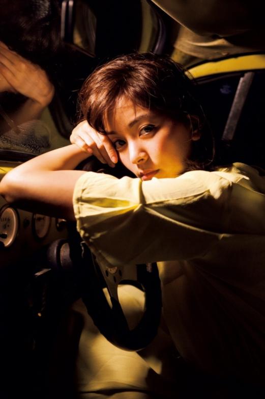 石橋杏奈(25)の最新写真集の水着姿も拝めるエロ画像53枚・7枚目の画像
