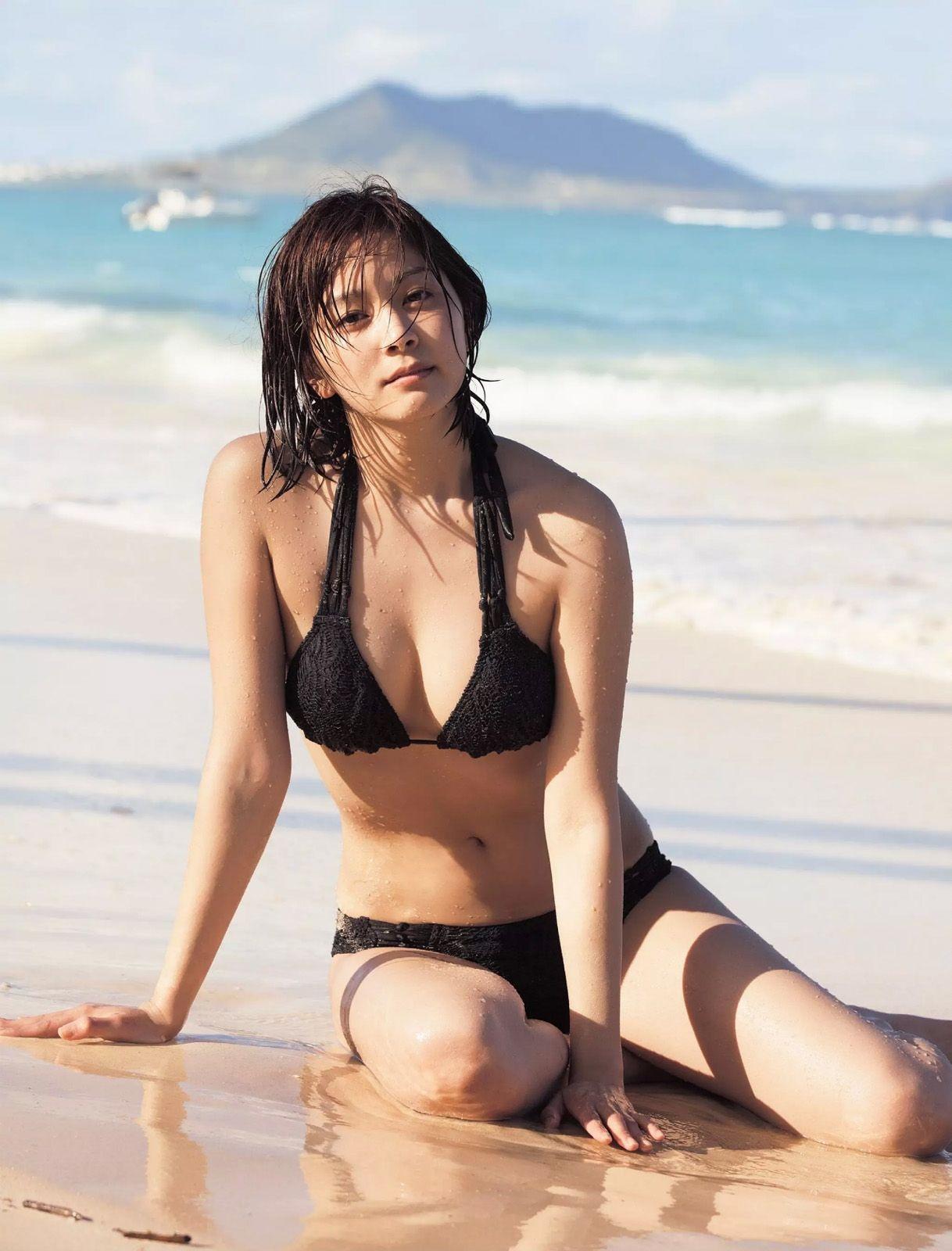 石橋杏奈(25)の最新写真集の水着姿も拝めるエロ画像53枚・12枚目の画像