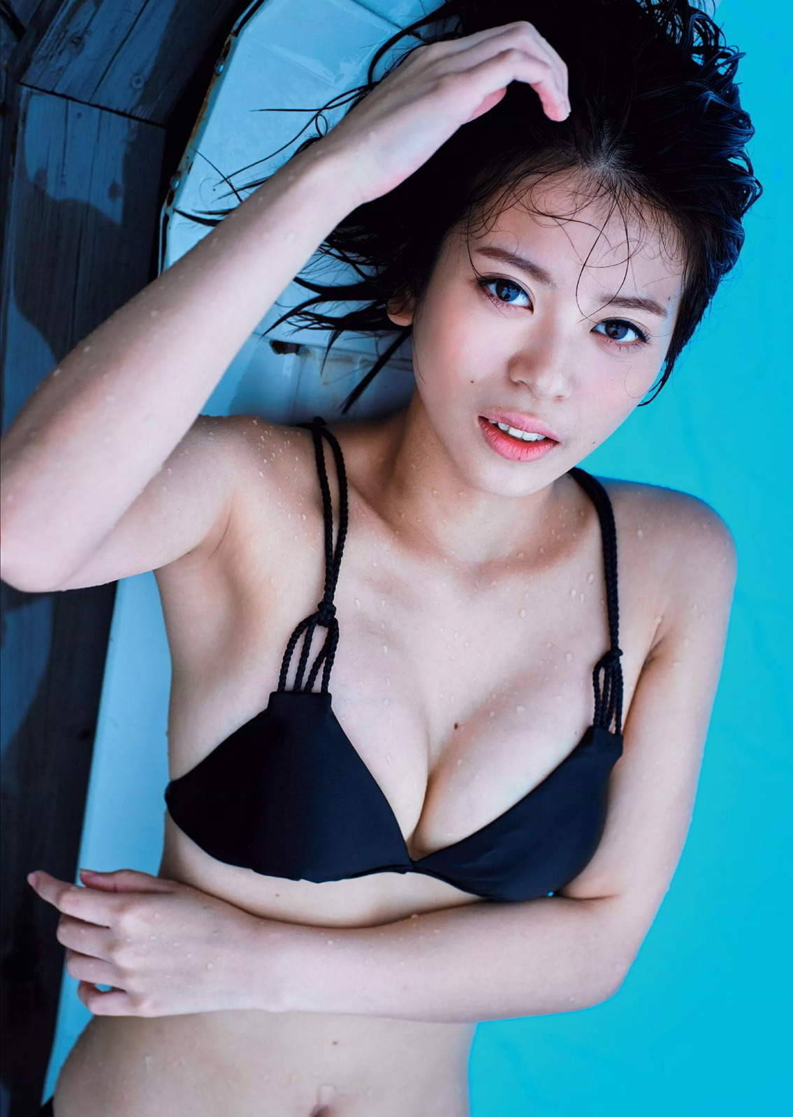 ラストアイドル吉崎綾(21)の全裸ヌードグラビア画像185枚・35枚目の画像