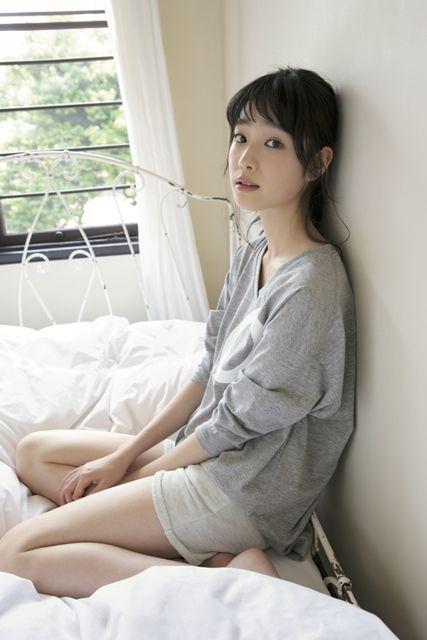 高橋ひかる(16)国民的美少女オスカー女優のグラビア画像56枚・51枚目の画像