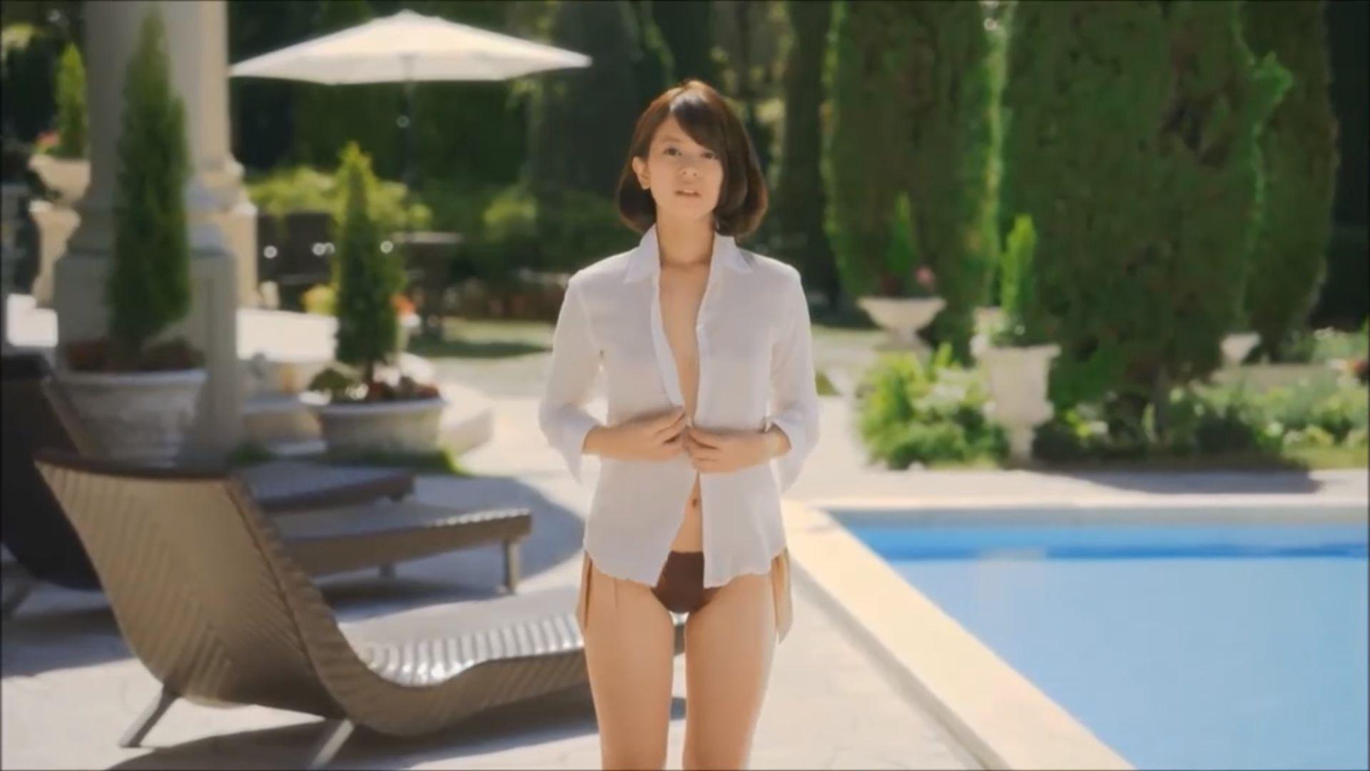 ラストアイドル吉崎綾(21)の全裸ヌードグラビア画像185枚・178枚目の画像