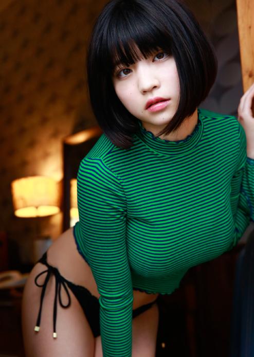 根本凪(19)GカップJKアイドルの水着グラビアエロ画像90枚・10枚目の画像