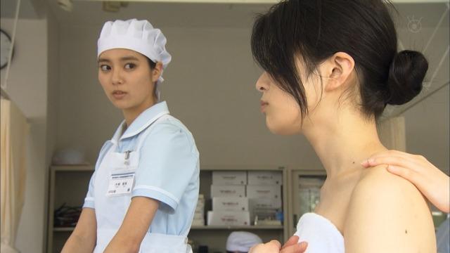 新川優愛(24)の水着姿、ドラマ濡れ場等抜ける画像130枚・111枚目の画像