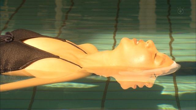 新川優愛(24)の水着姿、ドラマ濡れ場等抜ける画像130枚・120枚目の画像