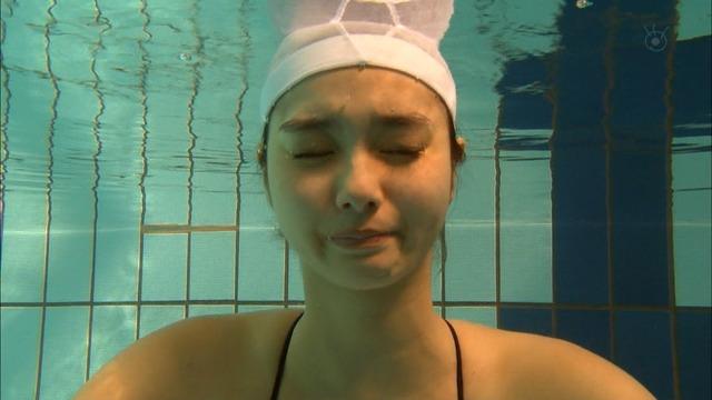 新川優愛(24)の水着姿、ドラマ濡れ場等抜ける画像130枚・124枚目の画像