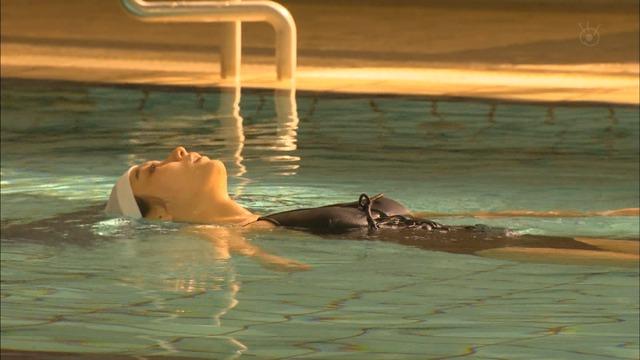 新川優愛(24)の水着姿、ドラマ濡れ場等抜ける画像130枚・128枚目の画像