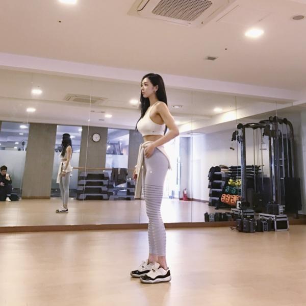 イ・ヨンファの韓流ヌードグラビア画像70枚・32枚目の画像