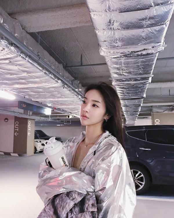 イ・ヨンファの韓流ヌードグラビア画像70枚・65枚目の画像