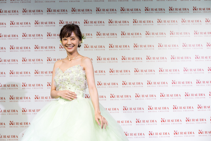 倉科カナのロングドレス姿エロ画像005