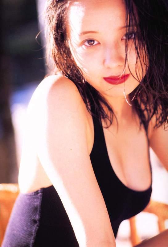 高橋由美子の若かりし頃のお宝グラビアエロ 画像019