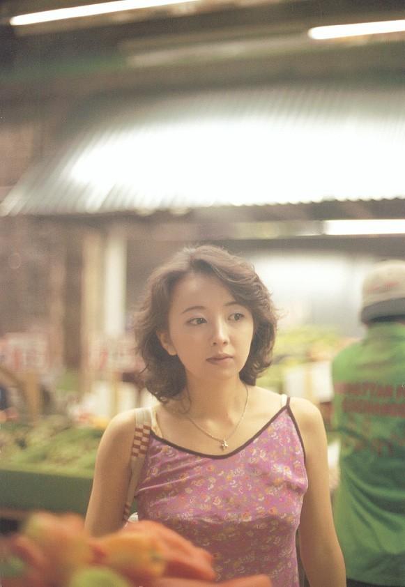 高橋由美子の若かりし頃のお宝グラビアエロ 画像083