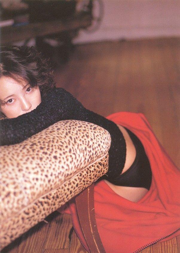 高橋由美子の若かりし頃のお宝グラビアエロ 画像092