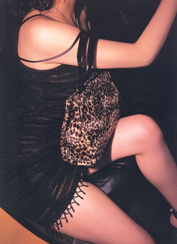 高橋由美子の若かりし頃のお宝グラビアエロ 画像098