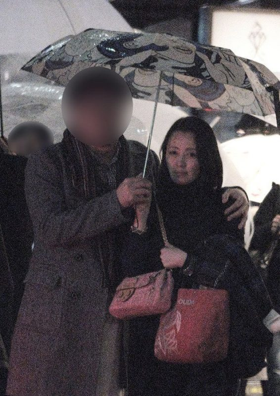 高橋由美子の熟女グラビアエロ画像007