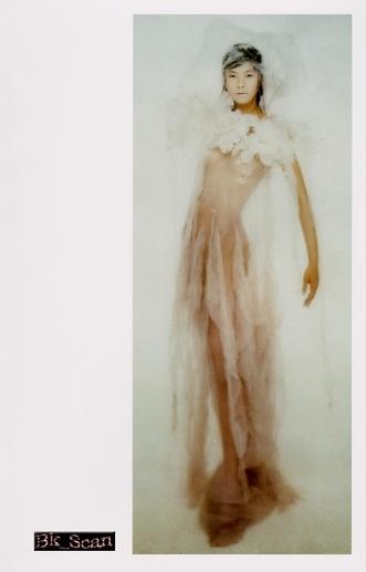 江角マキコのハミ乳セミヌード画像
