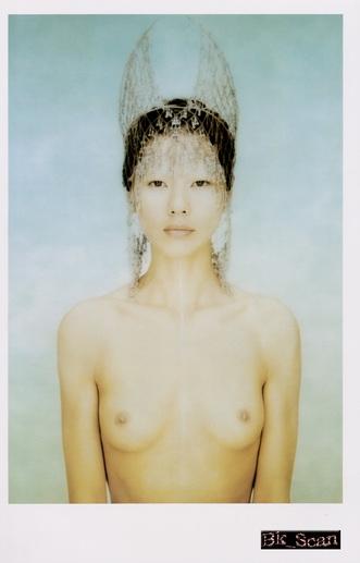 江角マキコの上裸おっぱいヌード画像