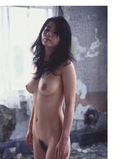 小島可奈子の美巨乳ヘアヌード画像