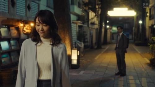 新垣結衣のベッド・キスシーンエロ画像014