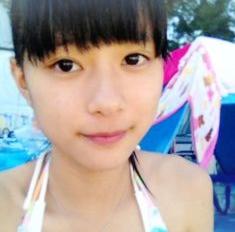 芳根京子のお宝水着写真エロ画像001