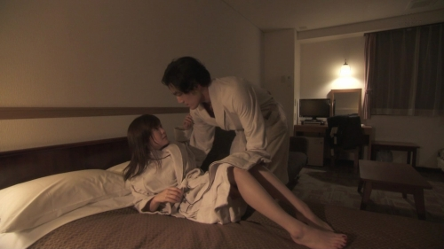 倉科カナの全裸シャワーシーンエロ画像011