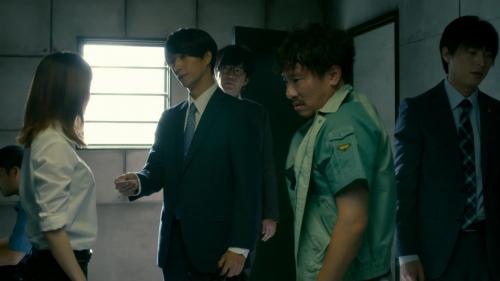 倉科カナのOLスーツ姿乳揺れGIFエロ画像005