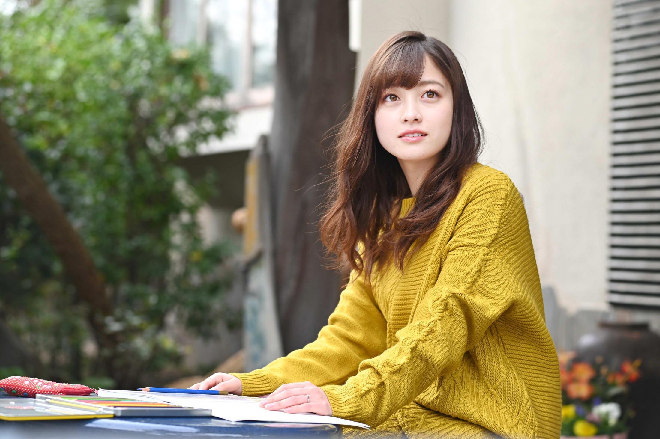 橋本環奈の『1ページの恋』キスシーンGIFエロ画像005