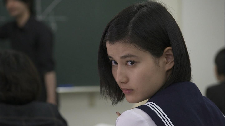橋本愛のヌード濡れ場等のエロ画像011