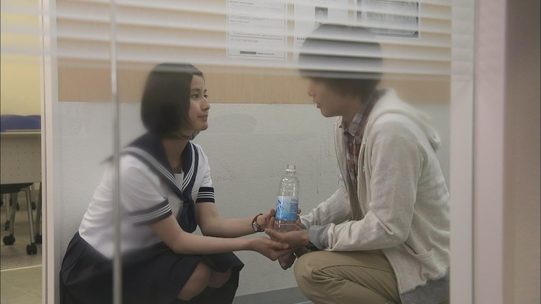 橋本愛のヌード濡れ場等のエロ画像012