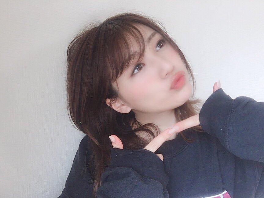 坂林佳奈のSNS写真エロ画像006