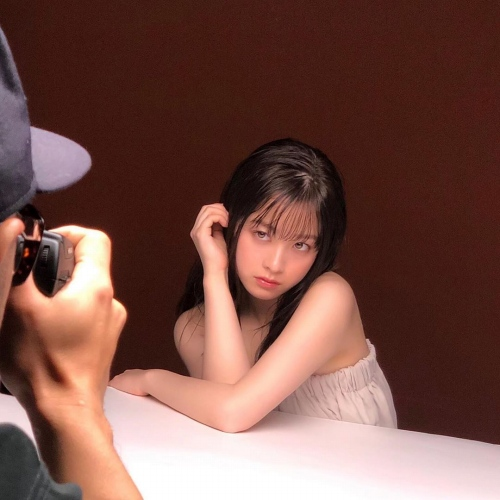 橋本環奈のインスタセクシー写真エロ画像004