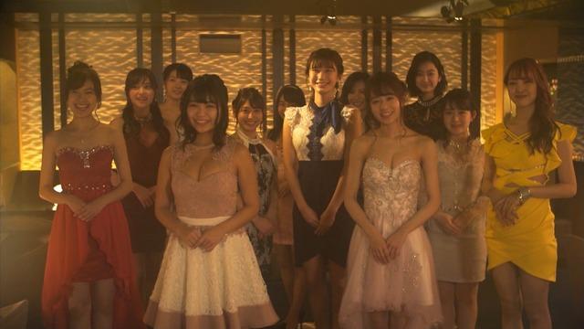 恒松祐里のキャバ嬢ドレス姿のエロ画像001