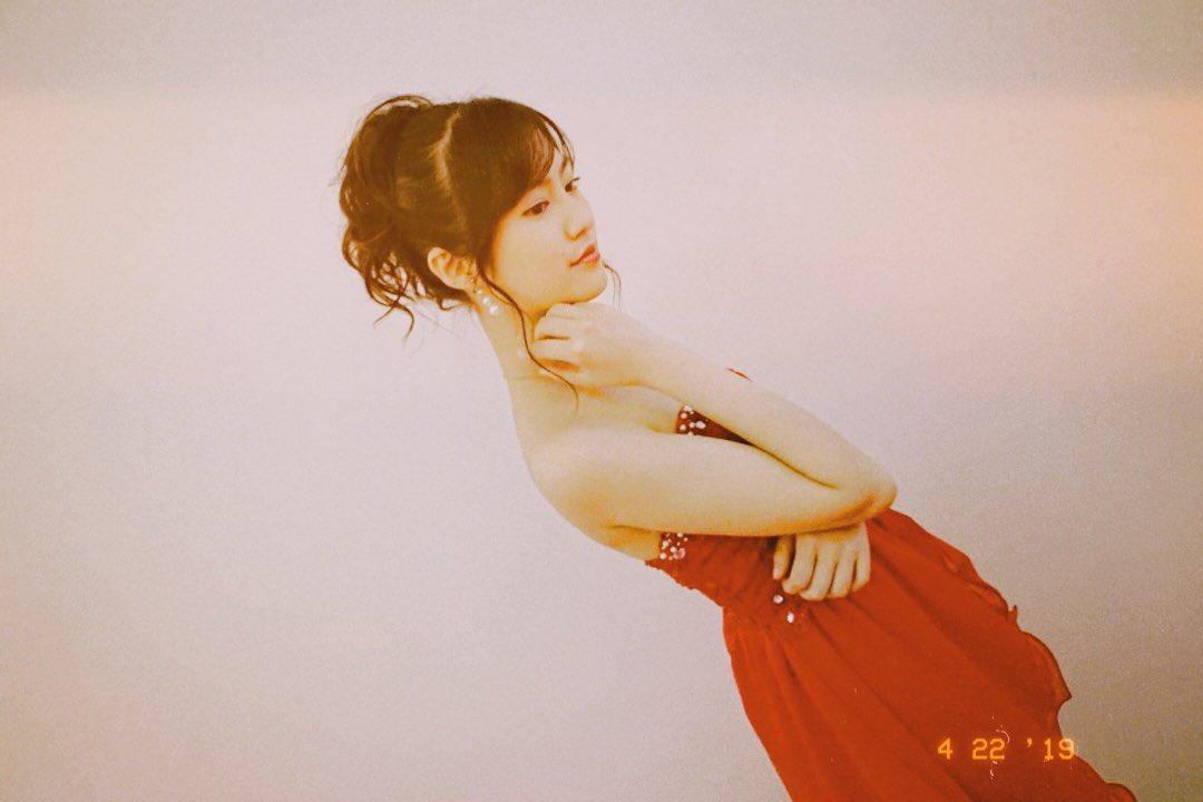 恒松祐里のキャバ嬢ドレス姿のエロ画像029