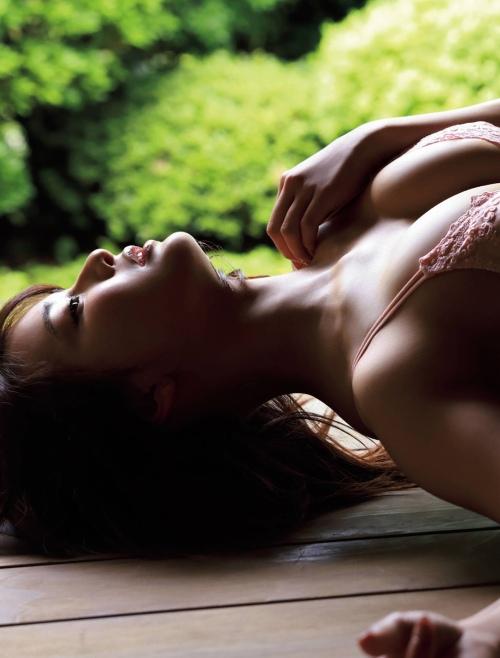平嶋夏海のセクシーグラビアエロ画像007