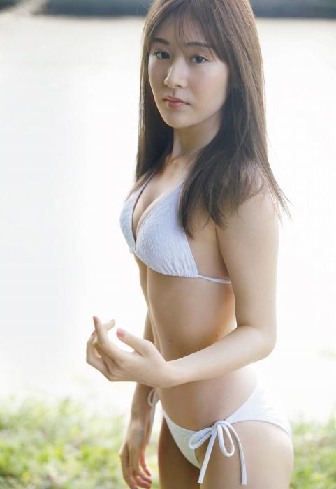 加藤美南の水着グラビアエロ画像006