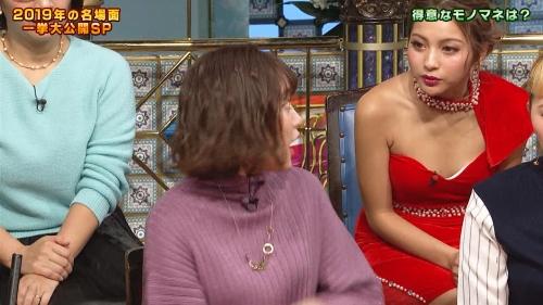 ゆきぽよの『踊る!さんま御殿!!』赤ドレス姿のパンチラ、胸チラエロ画像015