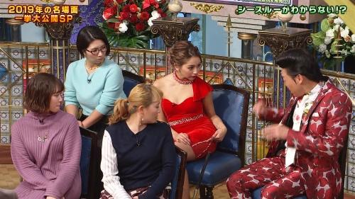 ゆきぽよの『踊る!さんま御殿!!』赤ドレス姿のパンチラ、胸チラエロ画像020