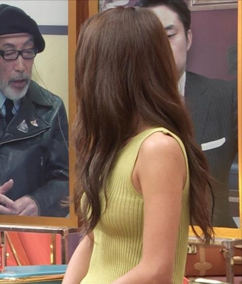みちょぱの着衣ニットおっぱいエロ画像021