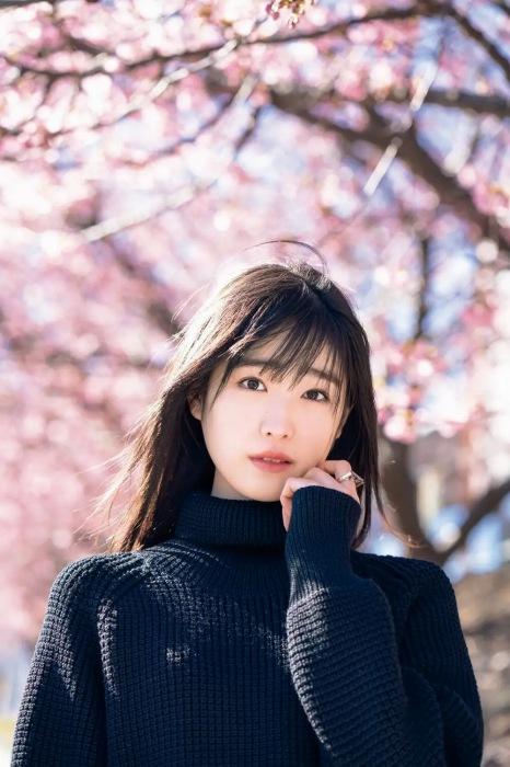 高橋ひかるの『週刊少年マガジン』第14号グラビアエロ画像003