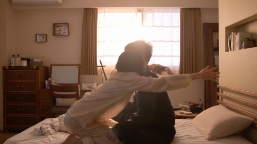 新垣結衣の『逃げ恥』の出産、妊婦姿のエロ画像007