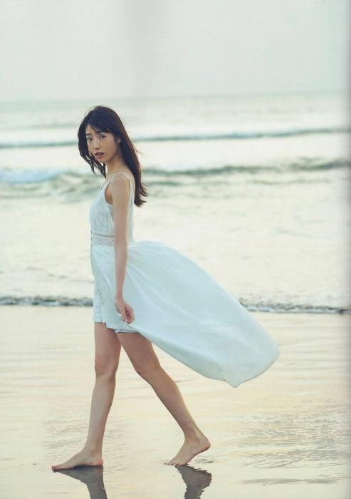 高橋ひかるの美少女グラビアエロ画像002