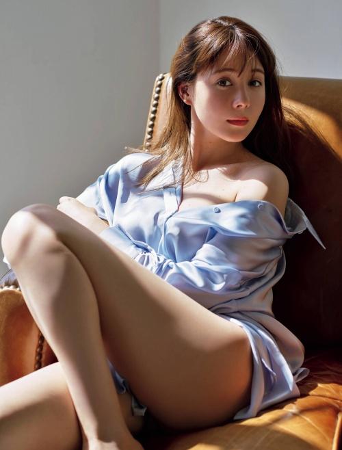トリンドル玲奈のセクシーグラビアエロ画像007
