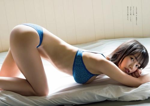 夏目綾の美乳の水着グラビアエロ画像004