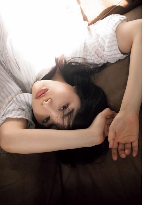 桜井日奈子の清楚グラビアエロ画像006