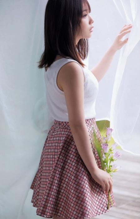 与田祐希の可愛いグラビアエロ画像007