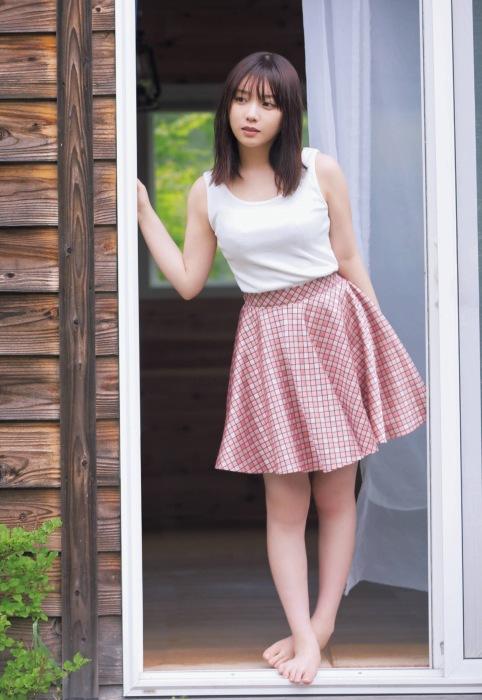 与田祐希の可愛いグラビアエロ画像008