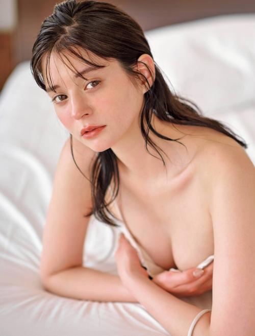 瑛茉ジャスミンの水着グラビアエロ画像007