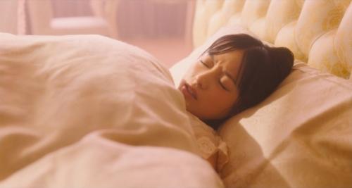 橋本環奈の『かぐや様は告らせたい』キスシーンエロ画像009
