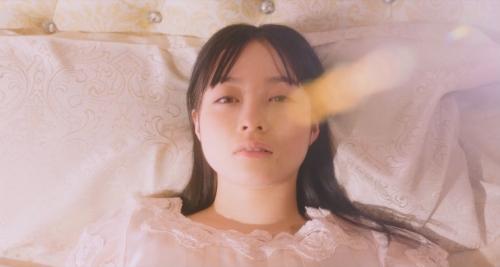 橋本環奈の『かぐや様は告らせたい』キスシーンエロ画像016